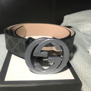 Authentic Mens Gucci Belt sz 30-34